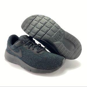 Nike Youth Girl's Tanjun SE Athletic Shoes Sz 1.5
